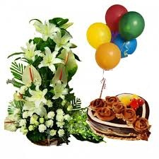 Large Lilies roses basket and 1 kg heart cake with 3 balloons