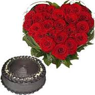 1 Kg heart Cake and 24 red roses heart