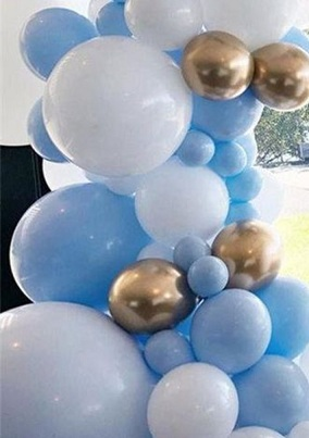 25 blue gold white small and big air blown balloons