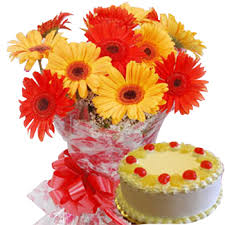 1/2 kg cake with 10 flowers