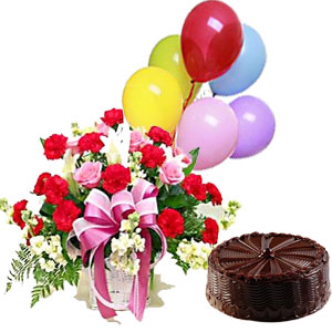 Flowers basket, 6 balloons and 1 pound cake