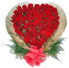 50 Red roses heart